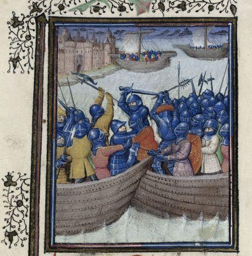 Een amfibische operatie tijdens de 100-jarige Oorlog. Onder een gevecht tussen twee schepen, boven landen schepen op de kust. Chroniques de France , plm. 1350. BL Harley 4418, f° 80v.