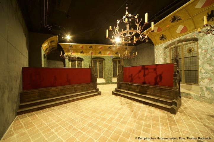De Hanzedagzaal, waar een Hanzedag anno 1518 wordt verbeeld (Foto Hansemuseum, Lübeck)